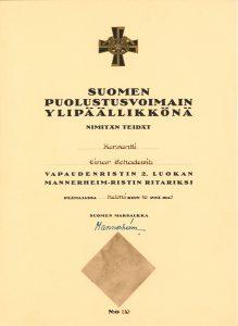 Marsalkka Mannerheimin allekirjoittama Einar Schadewitzin ritariristin myöntökirja (Aki Schadewitz)