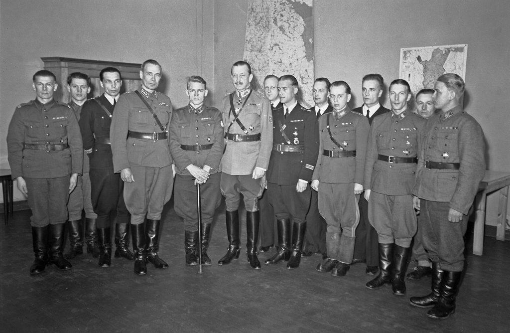 Mannerheim-ristien jako keväällä 1943